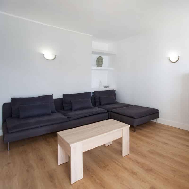 mojo dive apartamentos luz y mar alojamiento en lanzarote salon blanco