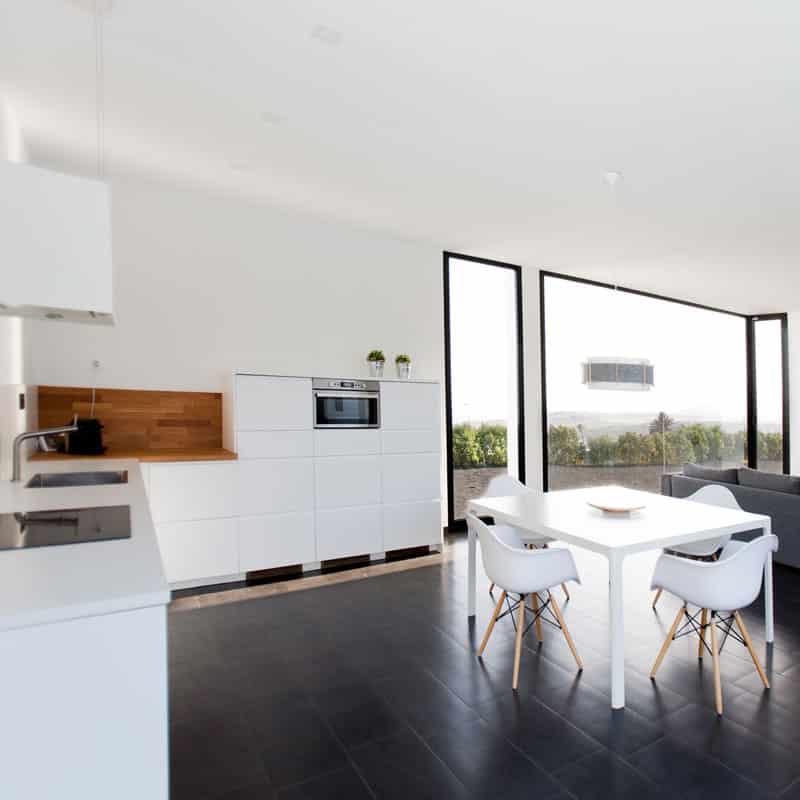 mojo dive villa iconic alojamiento en lanzarote cocina