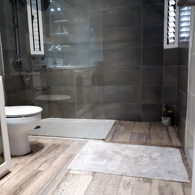 mojo dive villa la ventolera alojamiento en lanzarote baño