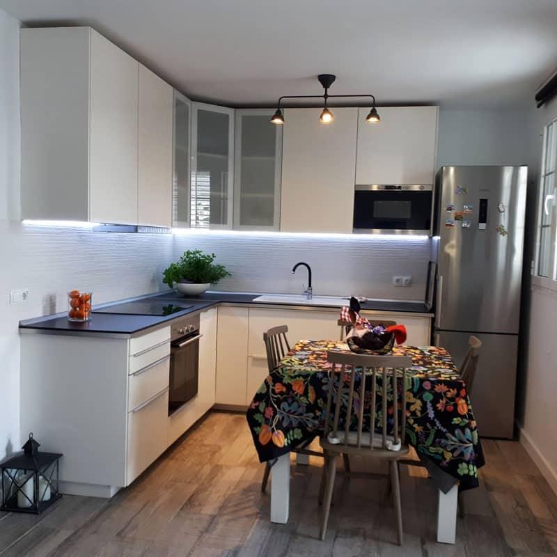 mojo dive villa la ventolera alojamiento en lanzarote cocina moderna